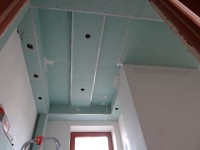 aranżacja ozdobnego sufitu w łazience, wykonanie zabudowy konstrukcji