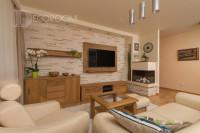 Mieszkanie w stylu klasycznym – salon (www.decoroom.eu)