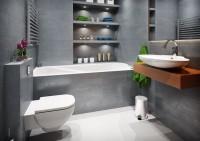 Wygodna, przestronna stylowa łazienka w ciemnej tonacji z charakterystycznym drewnianym blatem p ...