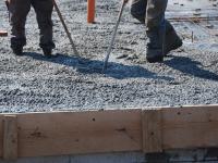 Inwestycja przy ul. Kopernika w Skawinie Wylewamy beton na podłogę na gruncie. http://stalowedom ...