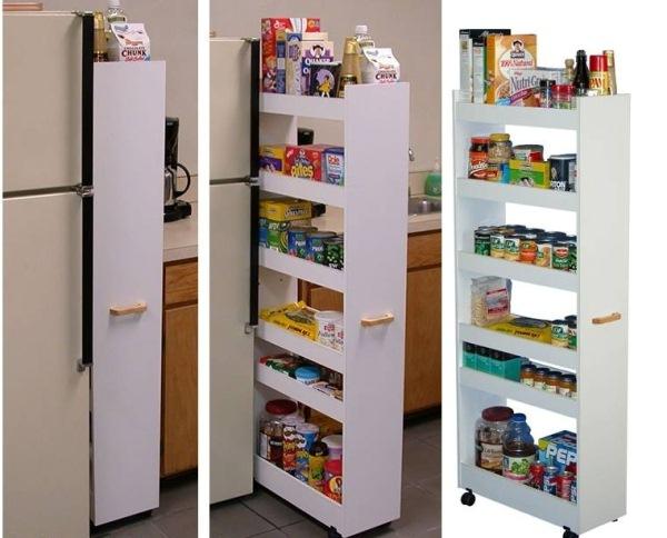 praktyczna pionowa szafka przy lodówce z półkami