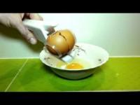 Ez Egg Cracker – rozbijarka do jajek Gadżet kuchenny