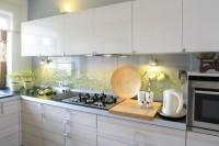 Szkło nad kuchennym blatem lacobel panele szklane