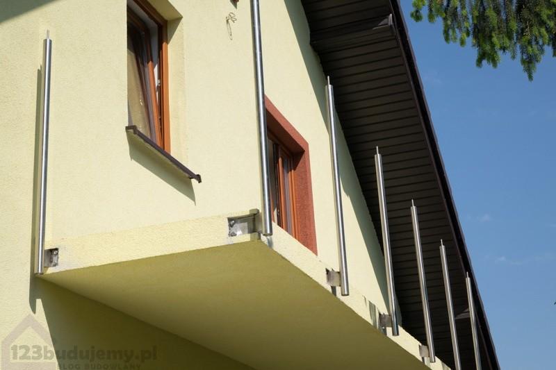 balustrada na balkonie ze stali nierdzewnej montaż krok po kroku