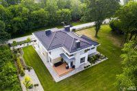 Piętrowy dom z dodatkiem marmuru w Zgierzu  Szukasz firmy, która wybuduje dla Ciebie i Twojej ro ...