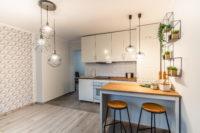 Aneks kuchenny – otwarta kuchnia w mieszkaniu w bloku