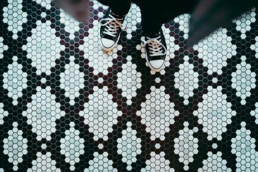 Najważniejsze cechy kafli na podłogę